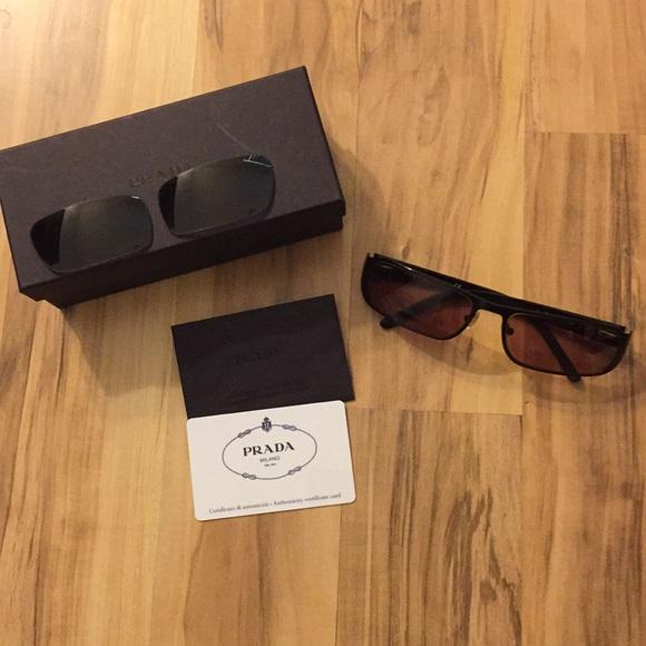 853bd2726d ... Authentic Prada Sunglasses rx lenses. M 5a92fe16a6e3eaa35900ac8d